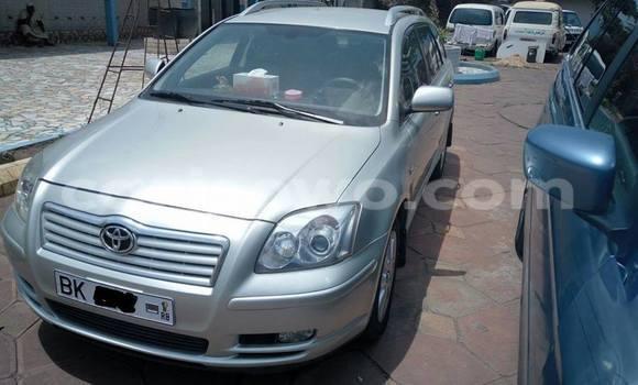 Acheter Occasion Voiture Toyota Avensis Gris à Savalou au Benin