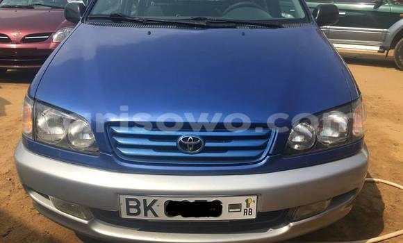 Acheter Occasion Voiture Toyota Picnic Bleu à Savalou, Benin