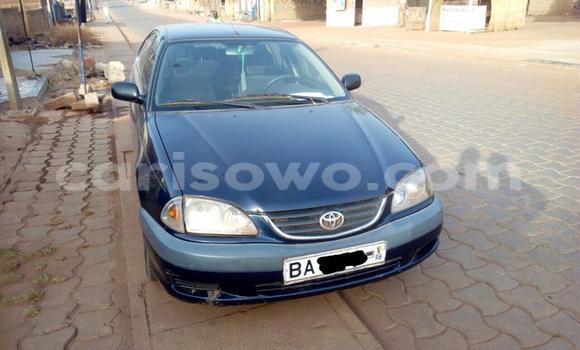 Acheter Occasion Voiture Toyota Avensis Bleu à Savalou au Benin