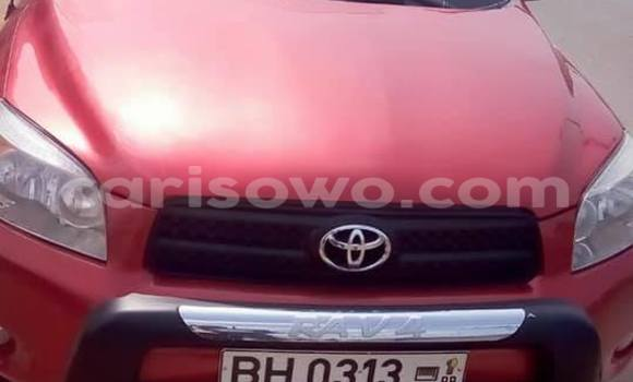 Acheter Occasion Voiture Toyota RAV4 Rouge à Savalou au Benin