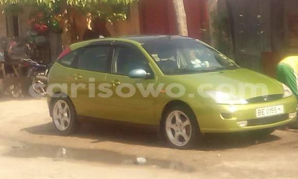 Acheter Occasion Voiture Ford Focus Vert à Cotonou au Benin