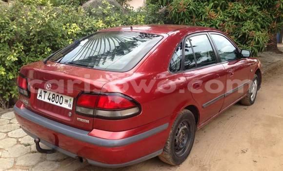 Acheter Occasion Voiture Mazda 626 Rouge à Savalou au Benin
