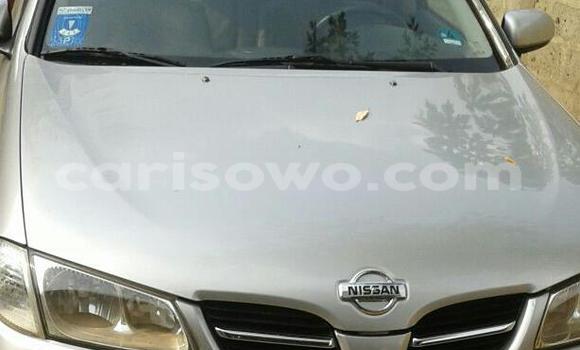 Acheter Occasion Voiture Nissan Almera Gris à Savalou au Benin