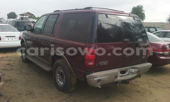 Acheter Occasion Voiture Ford Explorer Rouge à Cotonou au Benin