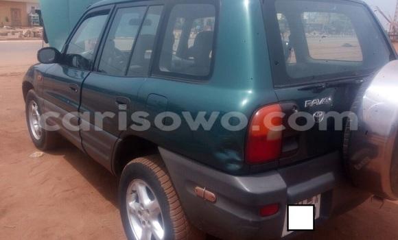 Acheter Occasion Voiture Toyota RAV4 Vert à Abomey Calavi au Benin