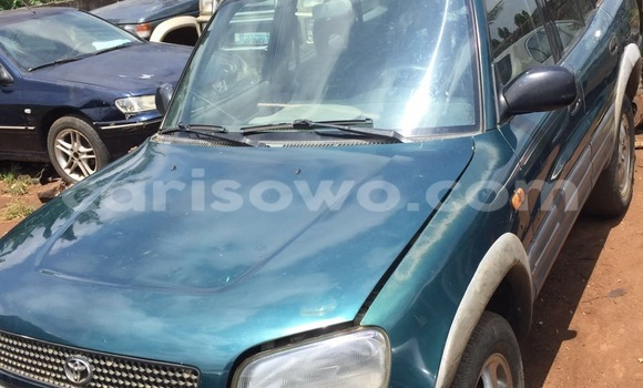Acheter Occasion Voiture Toyota RAV4 Vert à Kétou, Benin