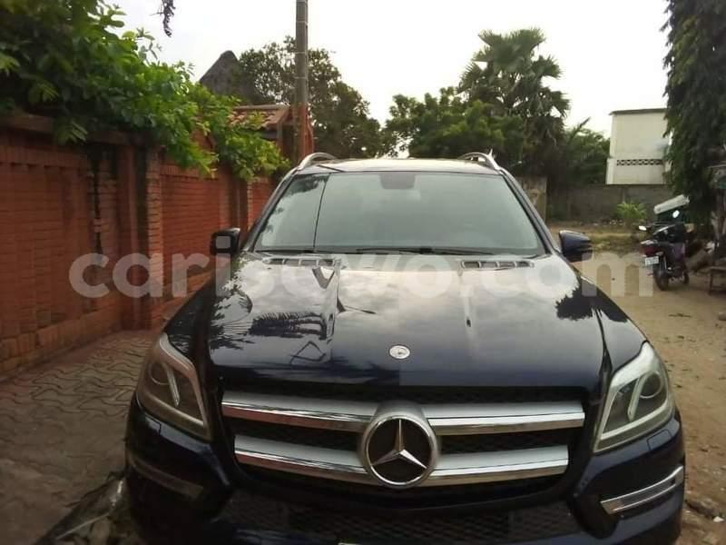 Big with watermark mercedes viano benin cotonou 10098