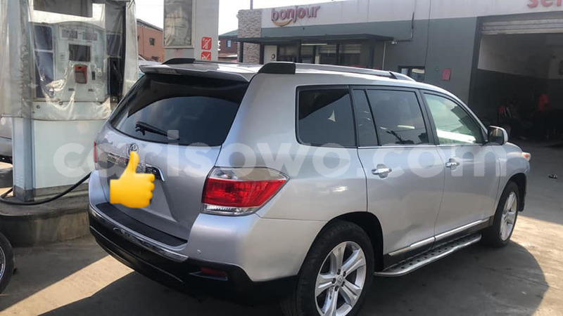 Big with watermark toyota highlander benin abomey calavi 10504