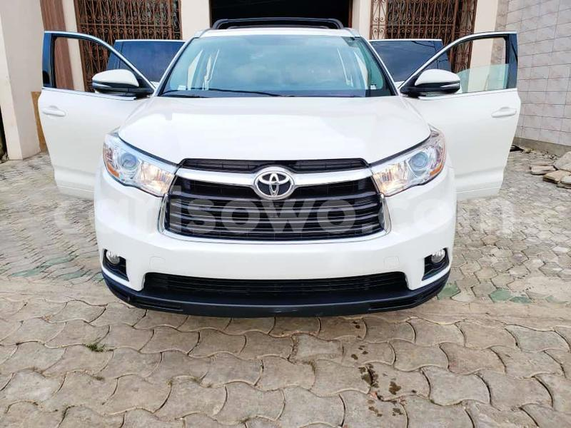 Big with watermark toyota highlander benin cotonou 10743