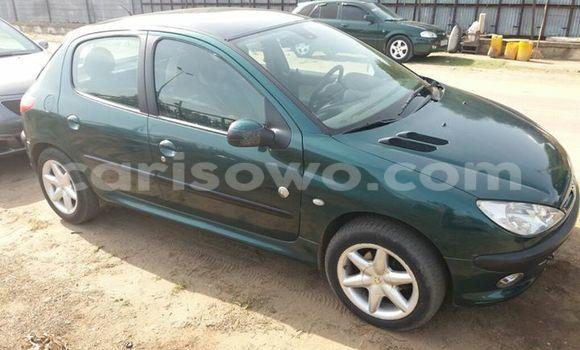 Acheter Occasion Voiture Peugeot 206 Vert à Cotonou au Benin