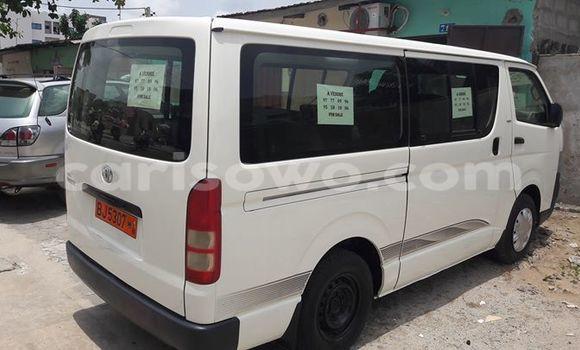 Acheter Occasion Voiture Toyota HiAce Blanc à Cotonou au Benin