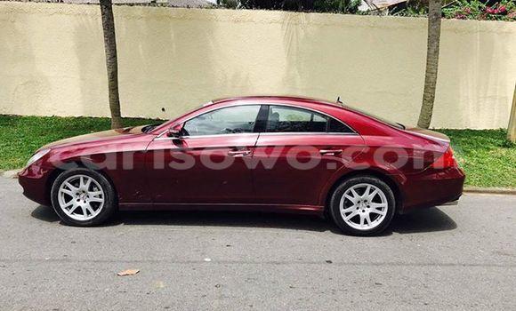 Acheter Occasion Voiture Mercedes-Benz CLS–Class Rouge à Cotonou, Benin