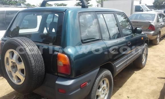 Acheter Occasion Voiture Toyota RAV4 Vert à Savalou, Benin