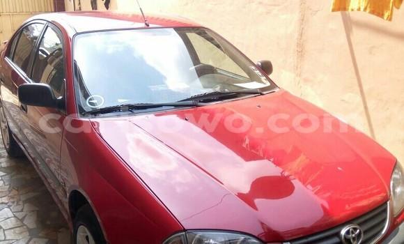 Acheter Occasion Voiture Toyota Avensis Rouge à Cotonou, Benin