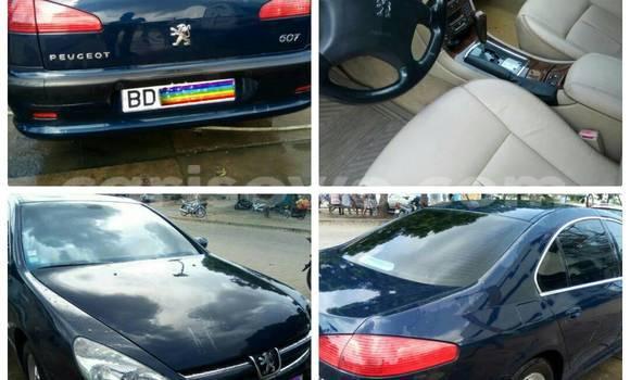 Acheter Occasion Voiture Peugeot 607 Bleu à Cotonou au Benin