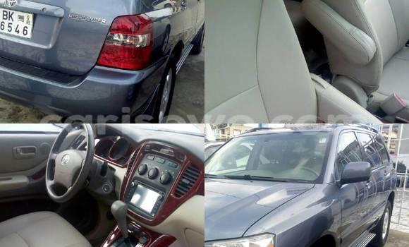 Acheter Occasion Voiture Toyota Highlander Bleu à Cotonou au Benin