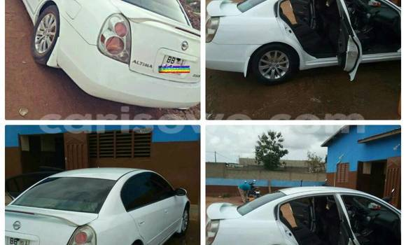 Acheter Occasion Voiture Nissan Altima Blanc à Cotonou au Benin