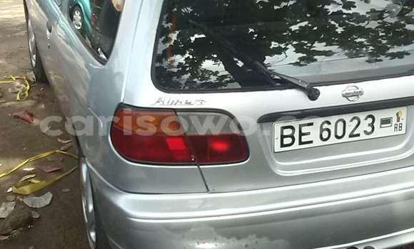 Acheter Occasions Voiture Nissan Almera Gris à Cotonou au Benin