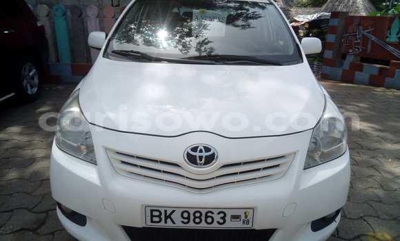 Acheter Occasion Voiture Toyota Camry Blanc à Savalou au Benin
