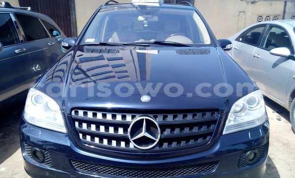 Acheter Occasions Voiture Mercedes‒Benz KOMPRESSOR Noir à Savalou au Benin