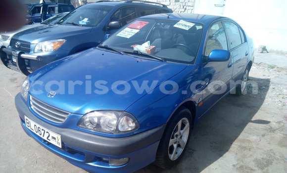 Acheter Occasions Voiture Toyota Avensis Bleu à Cotonou au Benin