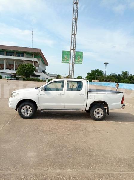 Big with watermark toyota hilux benin cotonou 11840