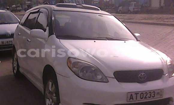 Acheter Occasion Voiture Toyota Matrix Blanc à Cotonou, Benin