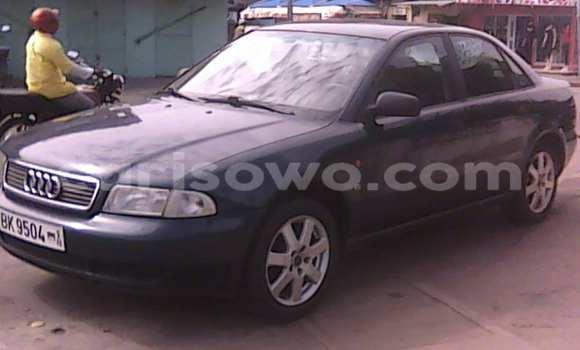 Acheter Occasion Voiture Audi A4 Noir à Savalou, Benin