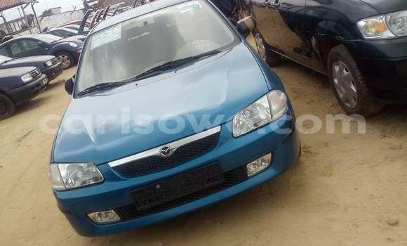 Acheter Occasion Voiture Mazda 323 Bleu à Porto Novo au Benin