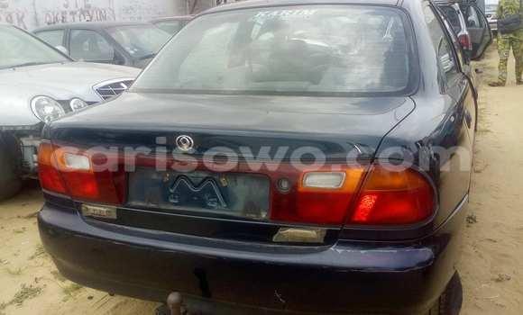Acheter Occasion Voiture Mazda 323 Bleu à Savalou, Benin