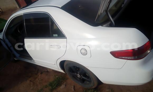 Acheter Occasion Voiture Honda Accord Blanc à Savalou au Benin