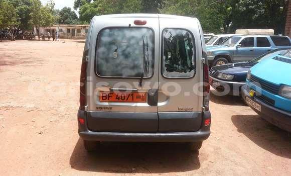 Acheter Occasion Voiture Renault Kangoo Gris à Parakou au Benin