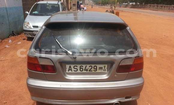 Acheter Occasions Voiture Nissan Primera Gris à Parakou au Benin