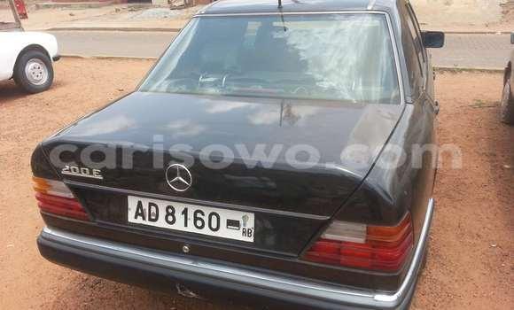 Acheter Occasion Voiture Mercedes‒Benz 200 Noir à Parakou, Benin