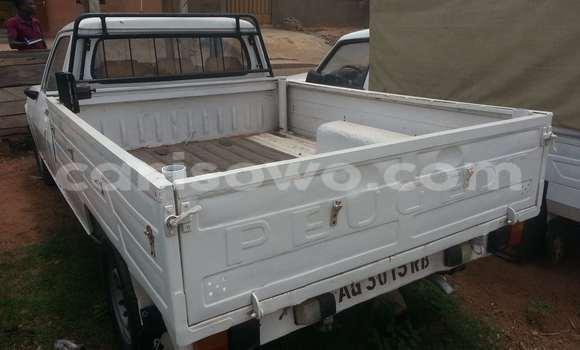 Acheter Occasions Voiture Peugeot 605 Blanc à Parakou au Benin