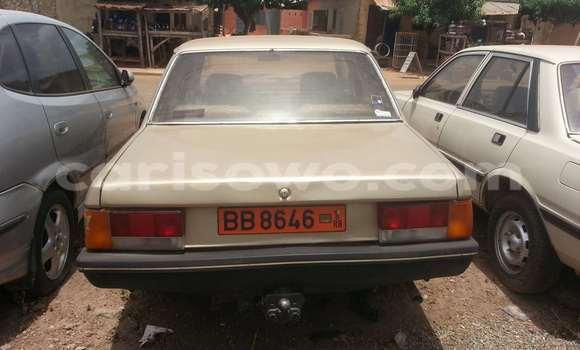 Acheter Occasion Voiture Peugeot 605 Marron à Savalou au Benin