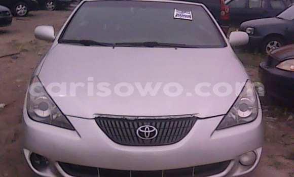 Acheter Occasion Voiture Toyota Solara Gris à Savalou, Benin