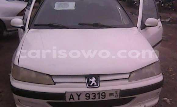 Acheter Occasion Voiture Peugeot 406 Blanc à Cotonou au Benin
