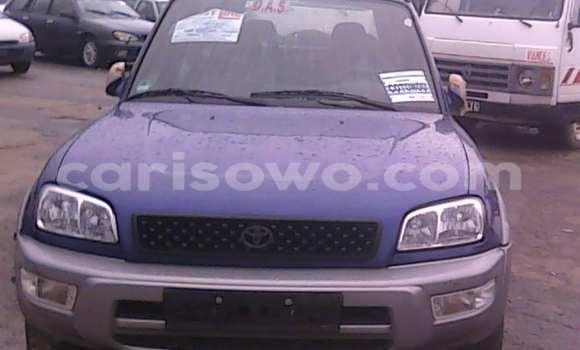 Acheter Occasion Voiture Toyota RAV4 Bleu à Porto Novo au Benin