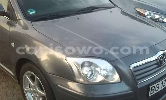 Acheter Occasion Voiture Toyota Avensis Marron à Cotonou, Benin