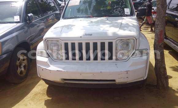 Acheter Occasion Voiture Jeep Liberty Blanc à Porto Novo, Benin
