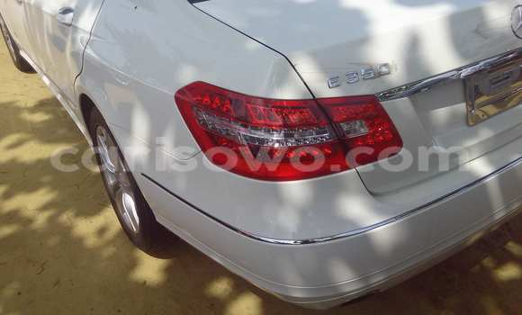 Acheter Occasion Voiture Mercedes‒Benz E-Class Noir à Savalou au Benin