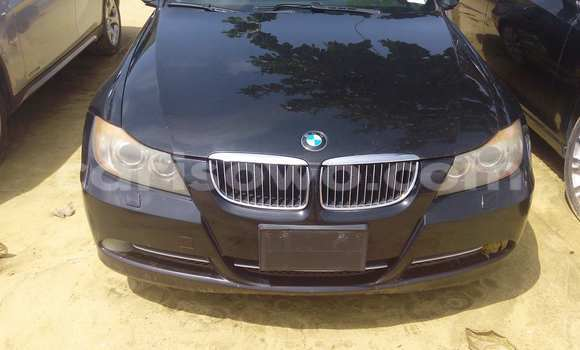 Acheter Occasion Voiture BMW X1 Noir à Porto Novo au Benin