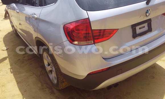 Acheter Occasion Voiture BMW X1 Gris à Porto Novo au Benin