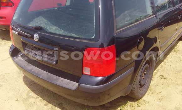 Acheter Occasion Voiture Volkswagen Passat Noir à Porto Novo au Benin