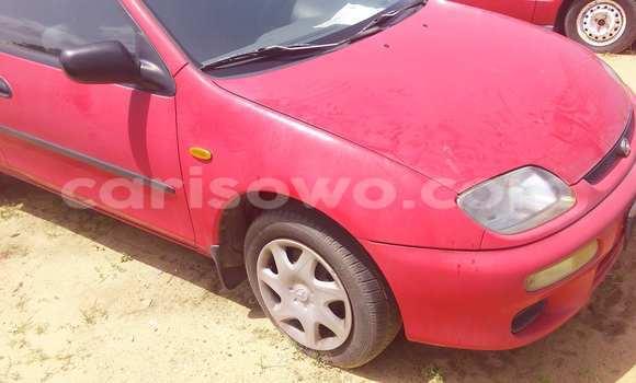 Acheter Occasion Voiture Mazda 323 Rouge à Porto Novo au Benin