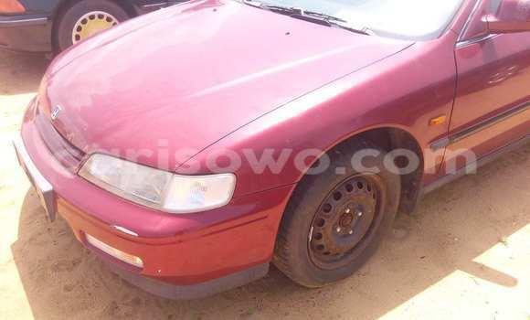 Acheter Occasion Voiture Honda Accord Rouge à Porto Novo au Benin