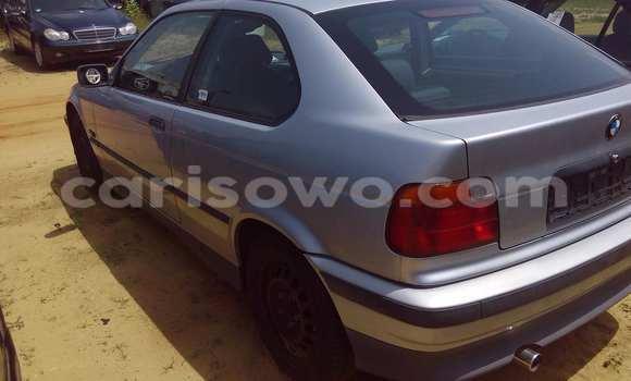 Acheter Occasion Voiture BMW 3-Series Gris à Porto Novo au Benin