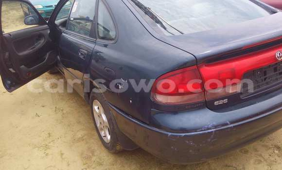 Acheter Occasion Voiture Mazda 626 Bleu à Porto Novo au Benin