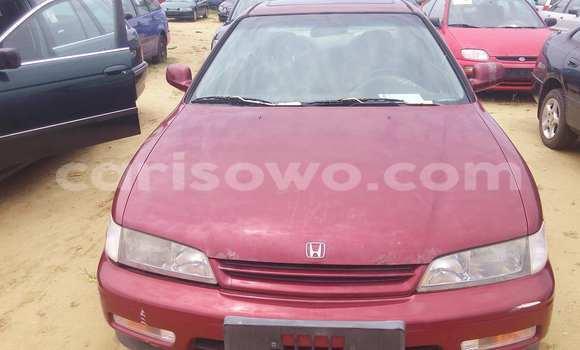 Acheter Occasion Voiture Honda Accord Rouge à Porto Novo, Benin